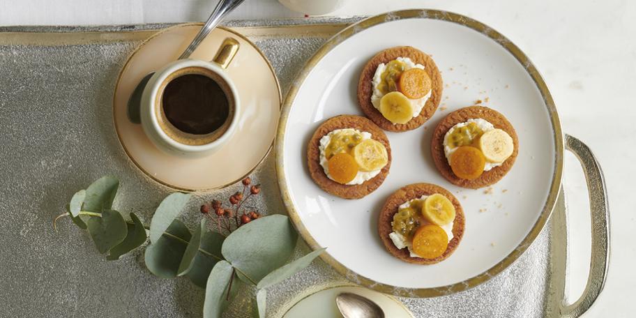 Mini tartelettes sablées aux fruits exotiques