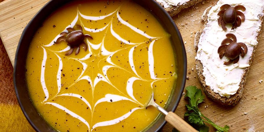 Soupe au potiron et aux araignées