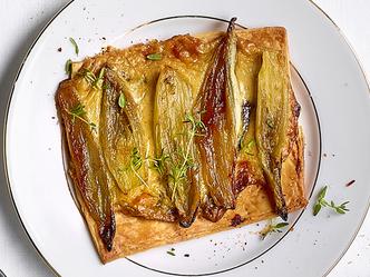 Tartelettes fines aux chicons et aux cèpes