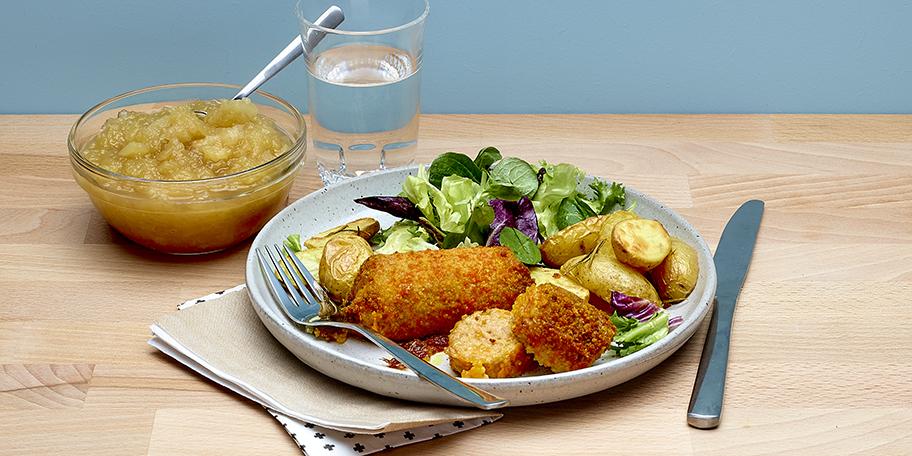 Kippenboomstammetje met kaas en compote van appel en peer