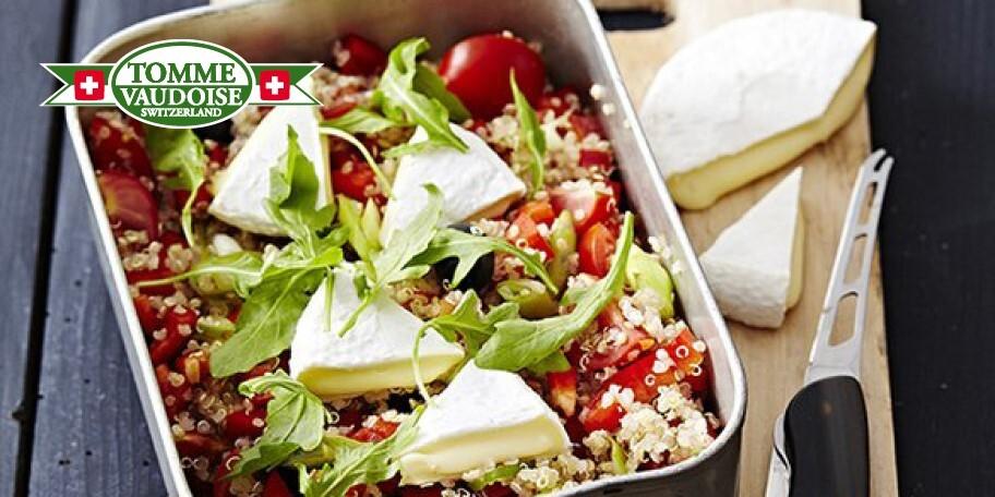 Salade van quinoa, kerstomaatjes en Tomme Vaudoise