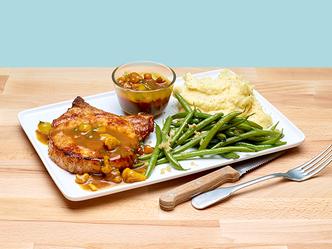 Côtelettes de porc Blackwell, haricots verts et purée Plat National