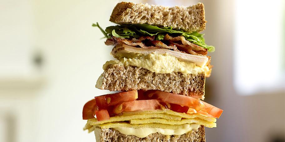 Giga club sandwich