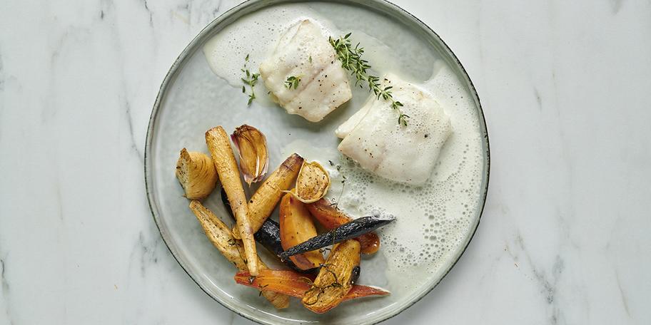 Filets de barbue et légumes rôtis, émulsion au parmesan