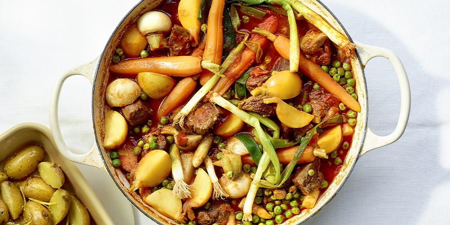 Cocotte d'agneau aux légumes printaniers