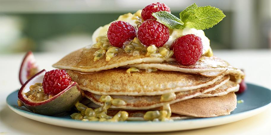 Vegan pancakes met banaan