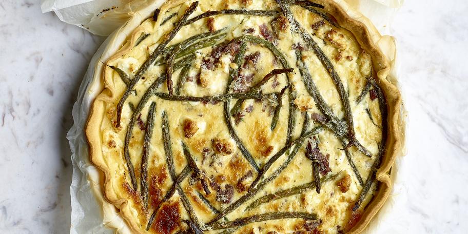 Quiche au pastrami, feta et haricots verts